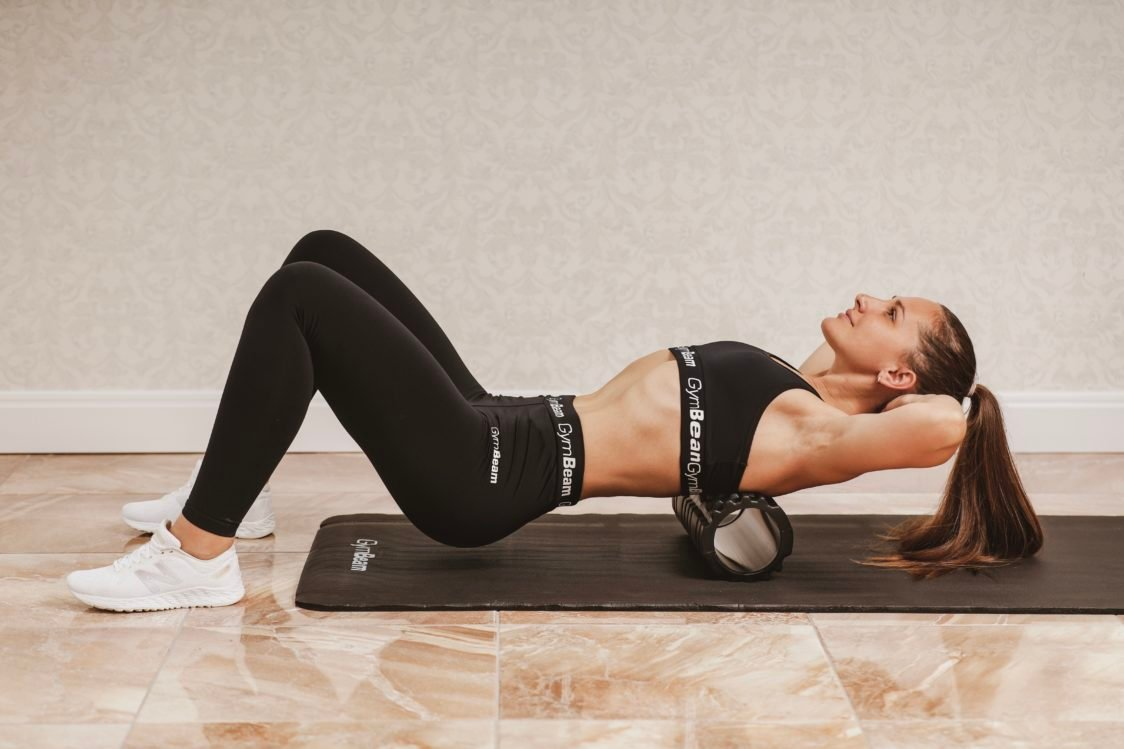 Static stretching and massage rollers help with better regeneration after training