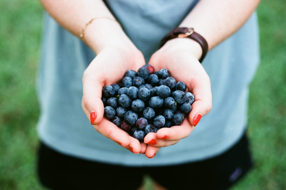 Myth: If you eat fruit in the afternoon or evening you automatically gain weight