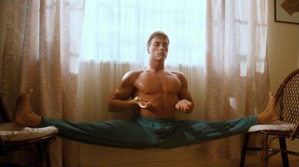 Jean-Claude van Damme był zaangażowany w sztuki walki, karate, kickboxing i balet