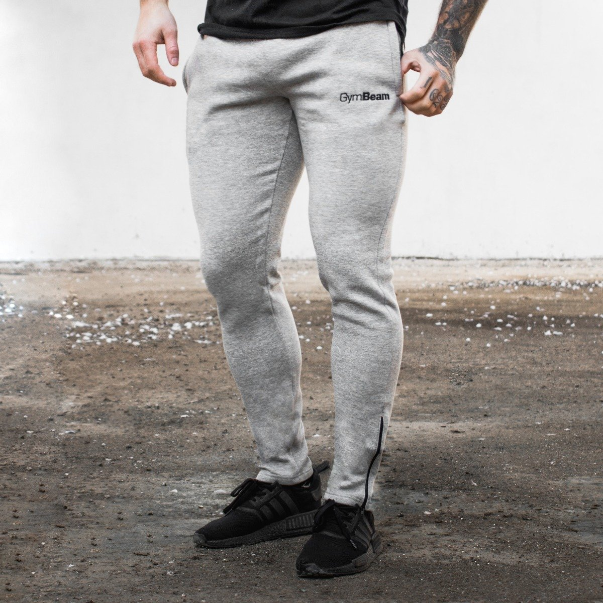 GymBeam Tepláky Fitted Pant grey