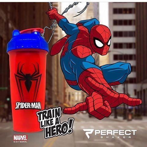 Performa Spiderman - šejkr se superhrdinou