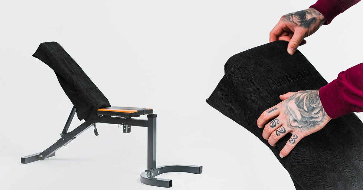 Sportovní ručník z mikrovlákna Medium Black - GymBeam